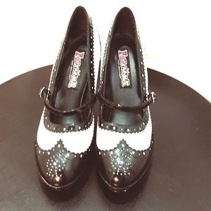 Pinup rockabilly Oxford Mary Jane pumps